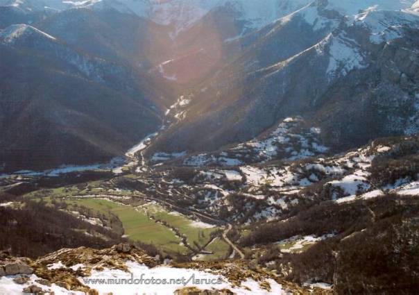 picos-de-europa-vista-de-fuente-de-cantabria